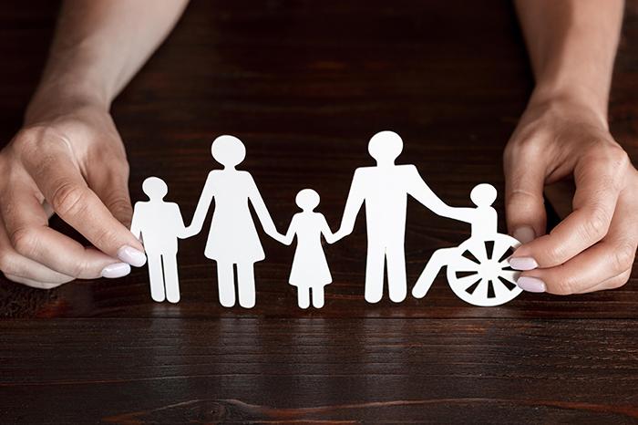 Dicas de como ajudar uma pessoa com deficiência